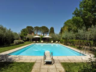 9 bedroom Villa in Perugia, Umbria, Italy : ref 2293991 - Sant'Enea vacation rentals