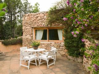 2 bedroom Villa in Arzachena, Sardinia, Italy : ref 2294024 - Cala di Volpe vacation rentals