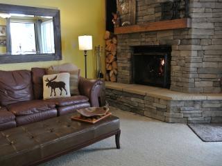 SKI-IN SKI-OUT Renovated Mountainside Condo Escape - Southwestern Utah vacation rentals