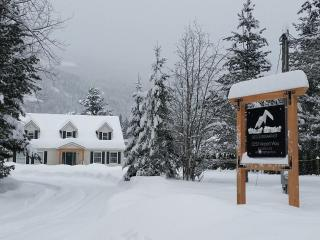 Valley Retreat B&B - Kootenay Rockies vacation rentals