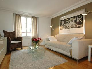Marais District Vacation Rental at Place Bourg - 11th Arrondissement Popincourt vacation rentals