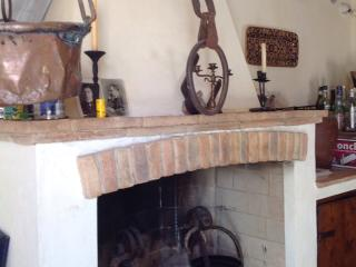 Cosy apartment in DeQuDa countryhouse - Mosciano Sant'Angelo (Te) vacation rentals