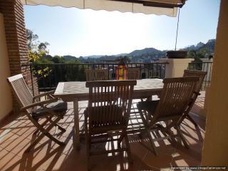 Quality 2 Bed Apartment Los Argueros Ref 101 - Benahavis vacation rentals
