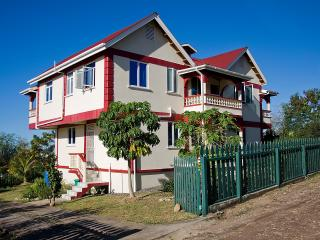 Family-friendly apartment near beaches, Salisbury - Dominica vacation rentals