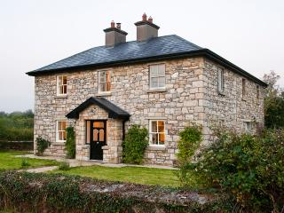 Albertine Lodge, Carrick on Shannon Country House - Strokestown vacation rentals