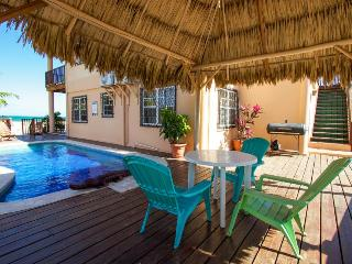 Oceanfront, oceanview, pool access in beautiful Placencia! - Placencia vacation rentals