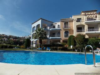 Stylish 2 Bedroom Apartment with Great Views in La Torre R 104 - Benahavis vacation rentals