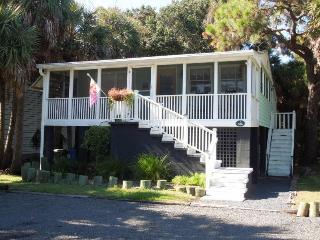 Coast Awhile - Folly Beach, SC - 2 Beds BATHS: 2 Full - Folly Beach vacation rentals