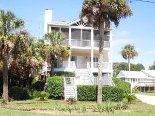 Conched Out - Folly Beach, SC - 4 Beds BATHS: 3 Full - Folly Beach vacation rentals