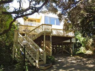Simple Pleasures - Folly Beach, SC - 3 Beds BATHS: 3 Full - Folly Beach vacation rentals