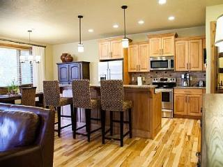 Gorgeous TownHouse near Deer Crest Lift and Lake - Heber City vacation rentals