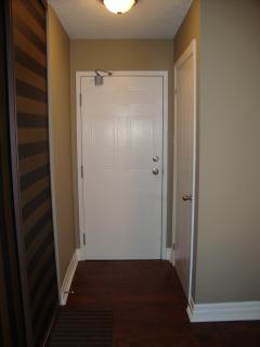 Beautiful 2 Bedroom Condo Conveniently Located - Oakville vacation rentals