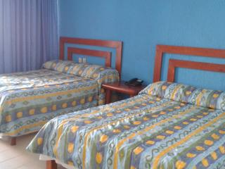 Lagoon View Room for 4  people $59 USD - Cancun vacation rentals