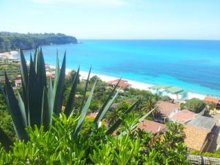 Tropea sea view accomodations top location 2'beach - Tropea vacation rentals