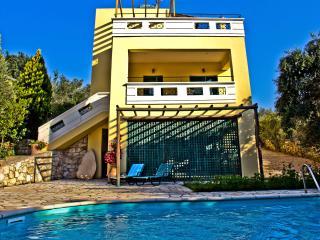 Villa Erofili-comfortable, quiet with private pool - Armeni vacation rentals