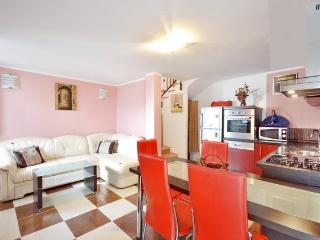 Great house next to Roman Palace - Split vacation rentals