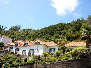 Refúgio das Camelias - Santana vacation rentals