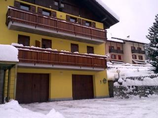 Nice B&B with Internet Access and Outdoor Dining Area - Ossana vacation rentals