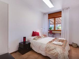 Bright 2 bedroom Condo in Rome - Rome vacation rentals