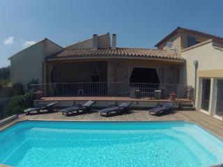"""Villa """"Les Aiguilles"""" - Durban-Corbieres vacation rentals"""