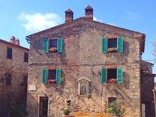 OCA GIULIVA Grey -  Terme PETRIOLO - Casale di Pari vacation rentals