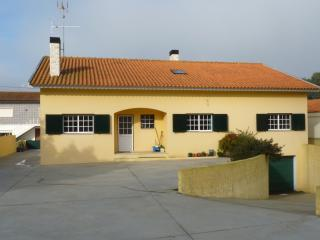 Nice House with Satellite Or Cable TV and Garage - Vagos vacation rentals