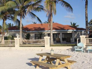 Beachcomber Villa Aruba - Palm/Eagle Beach vacation rentals