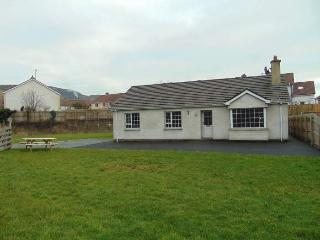 White Strand Beach House, Buncrana - Buncrana vacation rentals