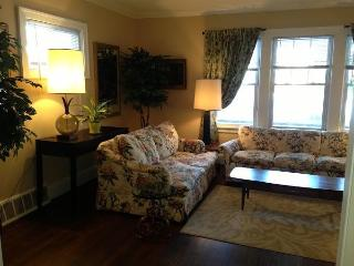 7 minutes from Cleveland Clinic: Rex1 - Ohio vacation rentals