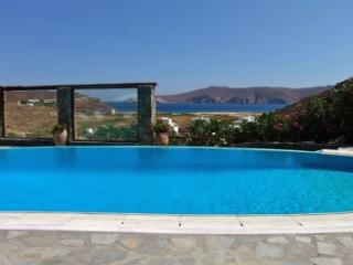 Magical 4 Bedroom Villa in Panormos - Panormos vacation rentals