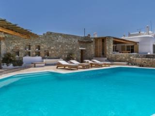 Spectacular 5 Bedroom Villa in Mykonos - Mykonos vacation rentals