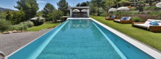 Charming 8 Bedroom Villa in Ibiza - Image 1 - Ibiza - rentals
