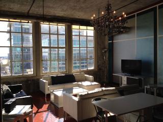 809—Derby City Urban Loft South City View - Louisville vacation rentals