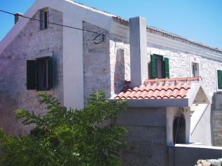 Wonderful 3 bedroom House in Veli rat with Television - Veli rat vacation rentals