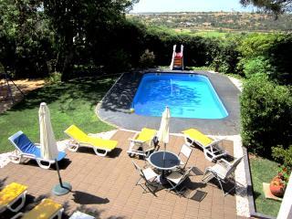Vivenda Encanto V4 com Piscina Privada, Armação de Pêra - Alcantarilha vacation rentals
