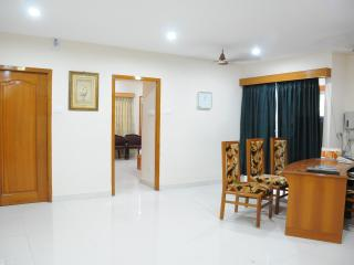 T. Nagar, Superior Family Room , Sleeps 4 - Chennai (Madras) vacation rentals