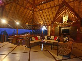 3 bedroom Villa with Deck in Lovina - Lovina vacation rentals