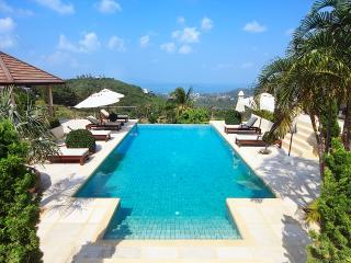 Luxury villa  for groups, FREE buffet breakfast - Bophut vacation rentals