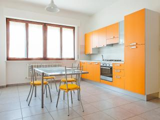 Cozy Porto Sant'Elpidio Condo rental with Short Breaks Allowed - Porto Sant'Elpidio vacation rentals