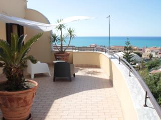 Cefalù luxury loft - Cefalu vacation rentals