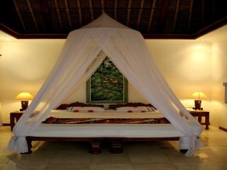 Cozy 2 bedroom Kedewatan Villa with Internet Access - Kedewatan vacation rentals
