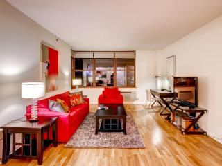 Lux Hoboken 2BR, minutes from NYC - Greater New York Area vacation rentals
