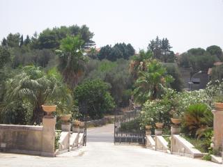 4 bedroom Villa with Internet Access in Ruffano - Ruffano vacation rentals
