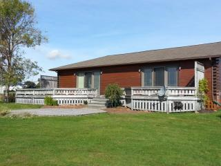 Luxury Waterfront Family Cottage - Prince Edward Island vacation rentals