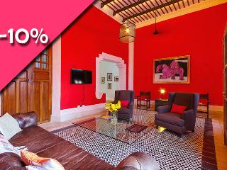 Central location and packed with amenites for a co - Merida vacation rentals