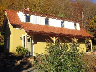Cozy 2 bedroom Pirna House with Satellite Or Cable TV - Pirna vacation rentals