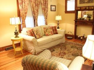 DeBourge House - Washington vacation rentals