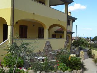 Appartamento a Cala Gonone vista mare/montagna - Cala Gonone vacation rentals