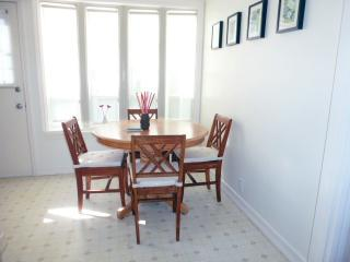 Beach Bungalow Best Santa Monica 31days or longer - Santa Monica vacation rentals