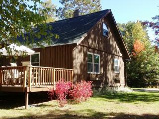 4 bedroom house sleeps up to 13, Lake access - Saint Germain vacation rentals